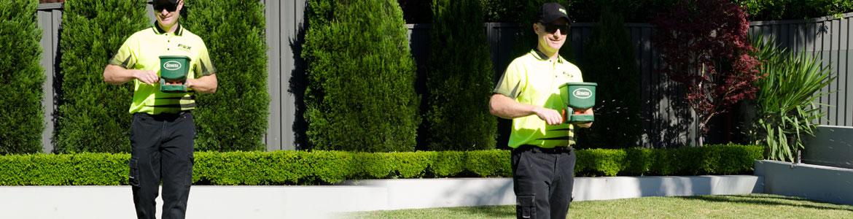 Lawn & Garden Fertilising